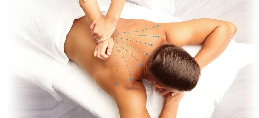 Массаж мышц спины